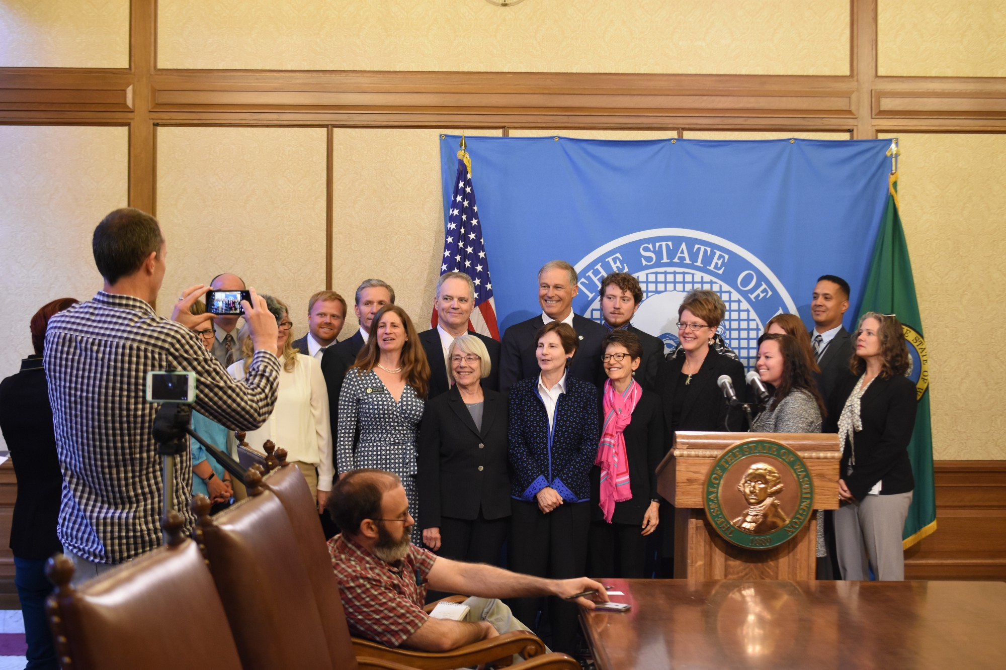 Inslee Kicks Off New Department Of Children Youth And