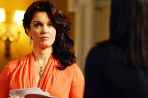 scandal-3x12-We-Do-Not-Touch-the-First-Ladies-Bellamy-young
