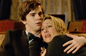 Bates Motel 1x10