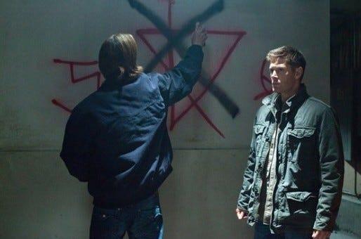 Supernatural 8x10 - Tom and Frayed