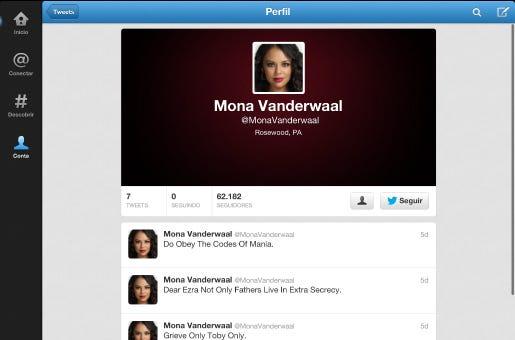 Durante a exibição de She´s Better Now na TV americana, a personagem Mona tweetava pistas para os fãs.