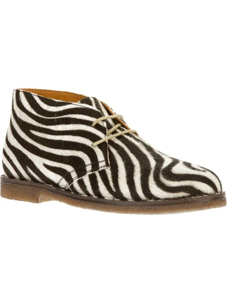 CHIARA FERRAGNI zebra print desert boot