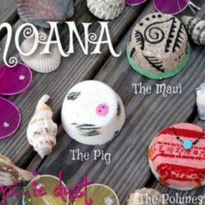 Disney Moana Hair Brush from Hot Topic   Stuff Moana inspired mini bath bomb set  Pua  Maui  Polynesian  princess
