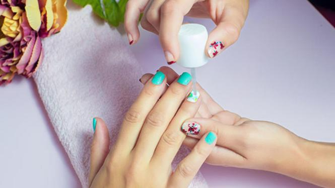 Hot To Remove Gel Nail Polish And Like At Home Essie