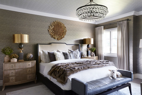 Tour Kaley Cuocos Guest Bedroom Photos