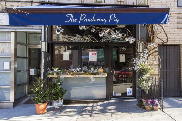 Resultado de imagen de the pandering pig nyc