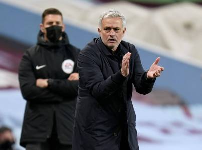 Tottenham Manager Jose Mourinho Brushes Off Critics | The Japan Times