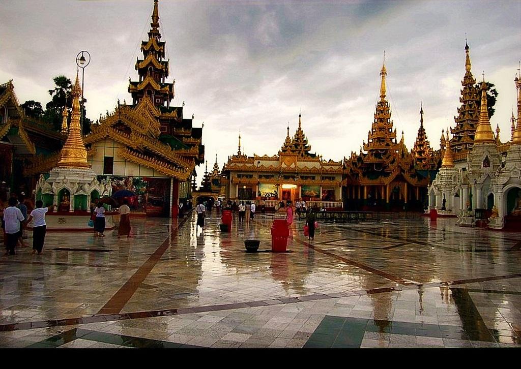 MYANMAR (BIRMANIA-BURMA) YANGON (RANGUN) SWEDAGON PAYA