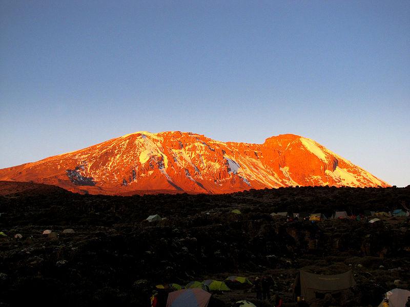 800px-Mt_Kilimanjaro