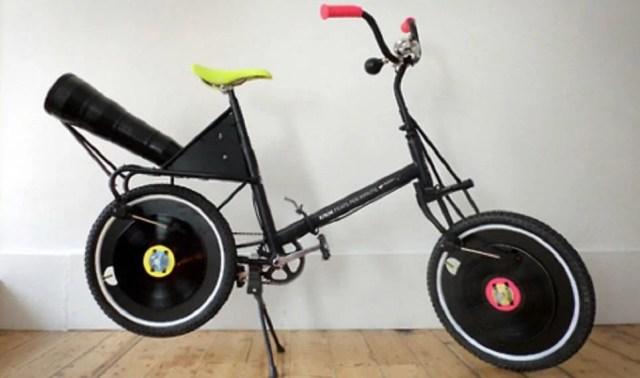 Bike, feature