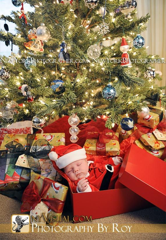 baby-with-presents