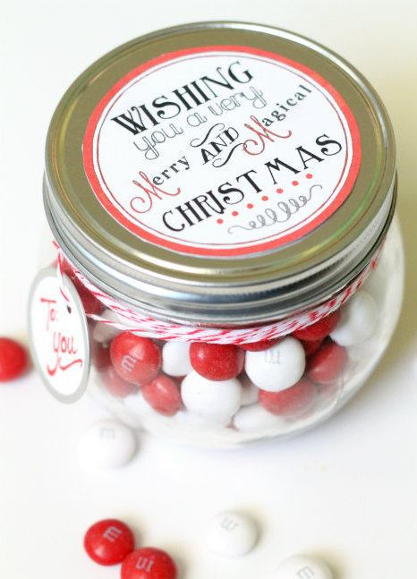 Merry-and-Magical-Christmas-Jar-Free-Tag-So-cute