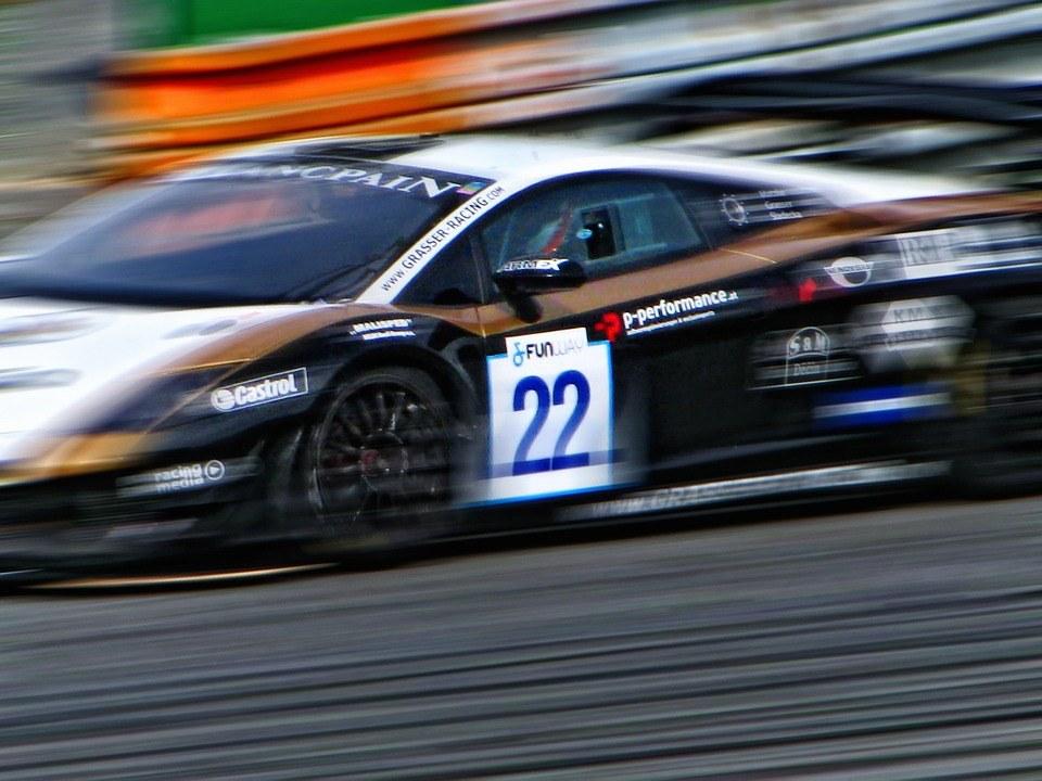 racing-car-279997_960_720