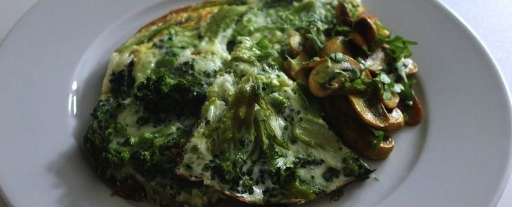 Paleo-sáng-xanh-trắng-omlette