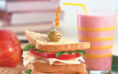 rsz_turkey-sandwich-swiss-cheese-apple