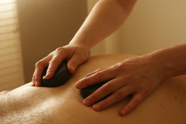 6 Ways Massage Therapy Can Benefit Your Overall Health and Well-being