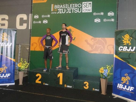 atleta-vegetariano-vegano-leon-denis-ganha-tricampeonato-brasileiro-de-jiu-jitsu