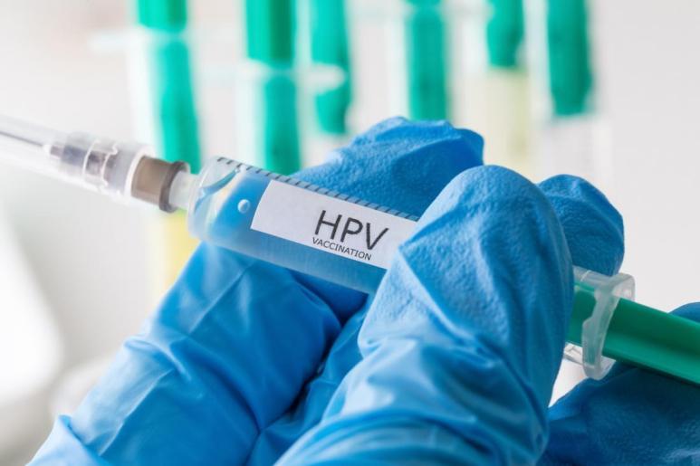 فيروس الورم الحليمي البشري التطعيم تحت الجلد