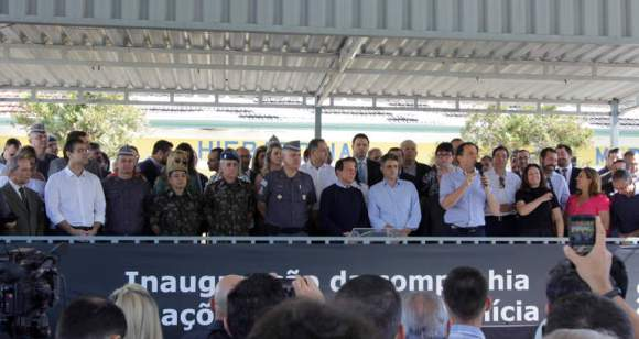 Prefeito Ortiz Junior ao lado do Governador João Dória - Foto: Quiririm News