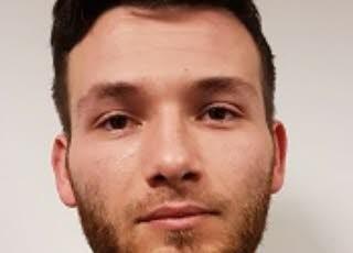 Adrien Derbez, 27 ans, a été interpellé mardi, après avoir dérobé près de 3 millions d'euros. Les raisons de son geste restent encore à déterminer. Photo DR