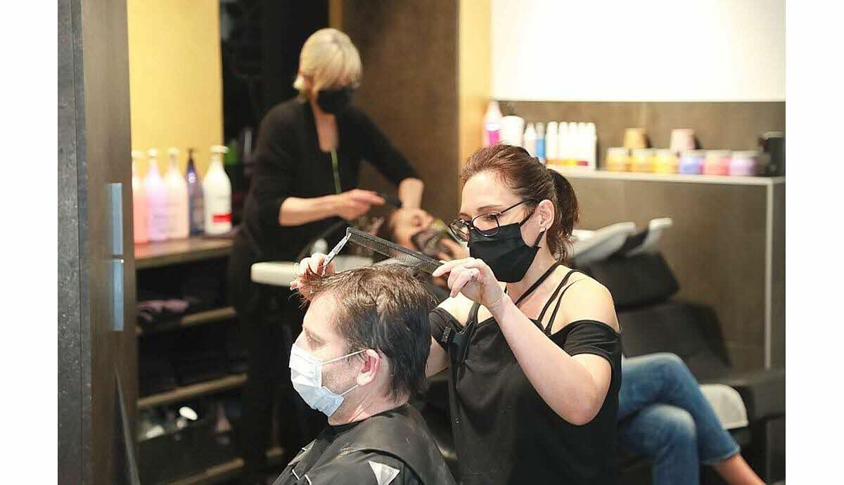 surplus covid chez le coiffeur
