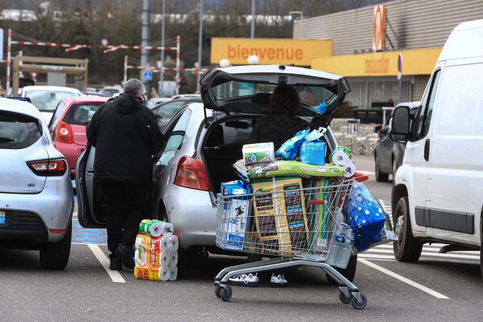 Metz Consommation Les Drive Saturent Sous L Afflux Des Commandes