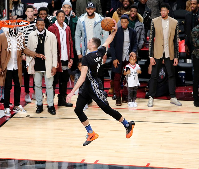 Zach Lavine 2016 Slam Dunk Contest