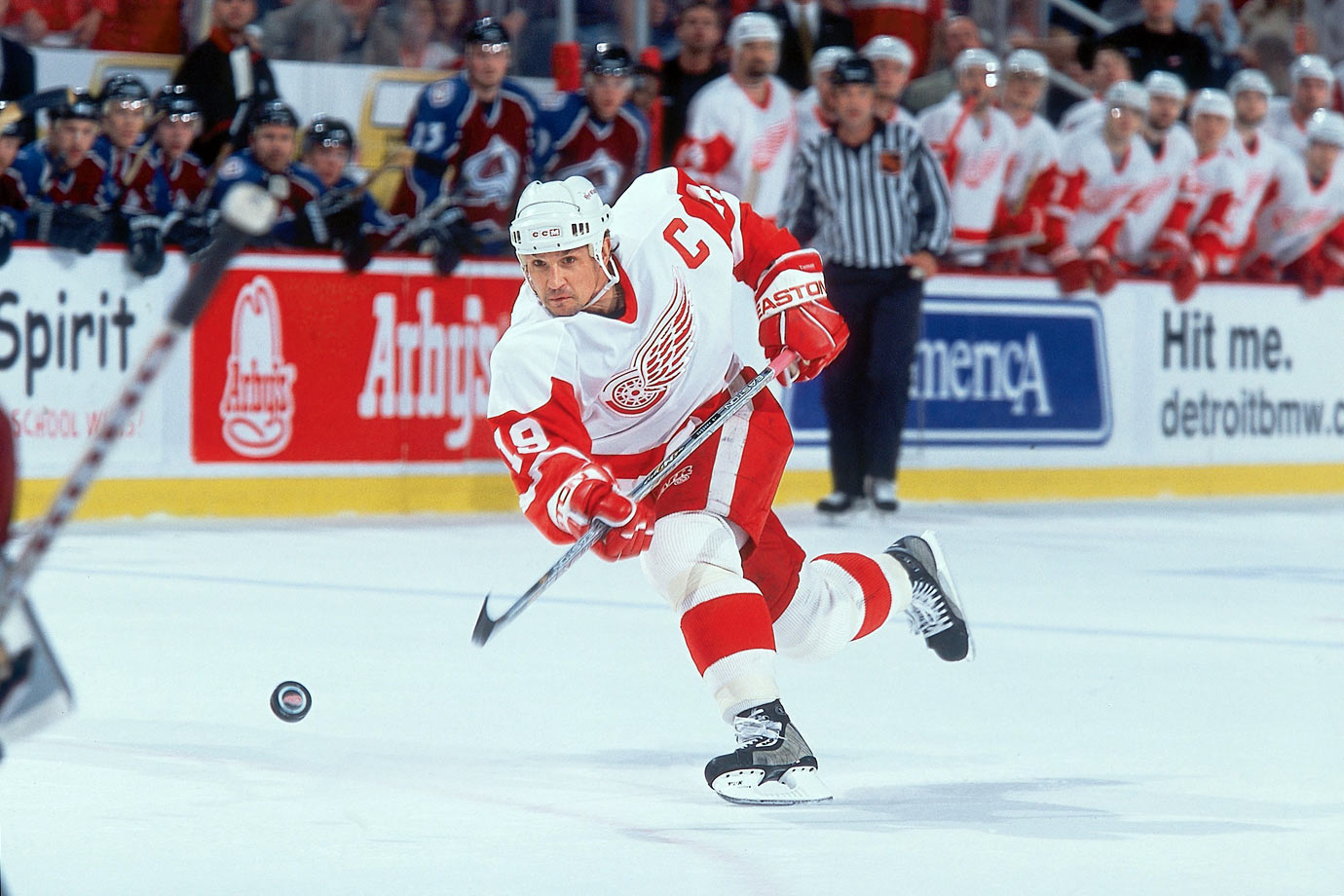 SI Vault Another Big ShotBrett Hull Joins NHLs 50 In 50