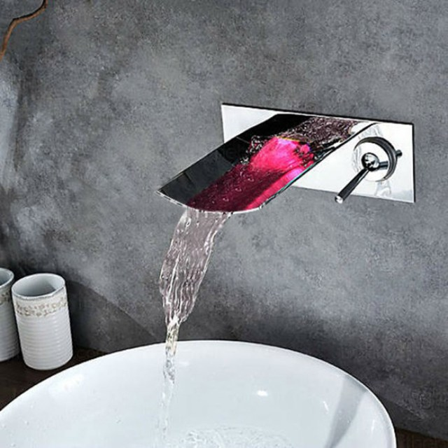 Contemporary Bathroom Sink Faucet JunoShowers Touch of Modern