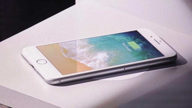 Apple подготовила сюрприз для владельцев iPhone X, iPhone 8 и iPhone 8 Plus