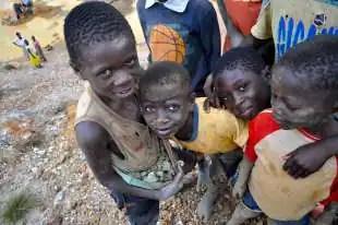 bimbi minatori congolesi