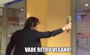 cruciani con il salame anti vegani