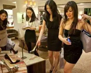 shopping di lusso per turisti cinesi