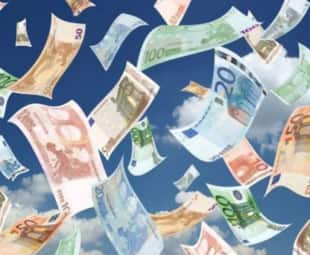 soldi per strada