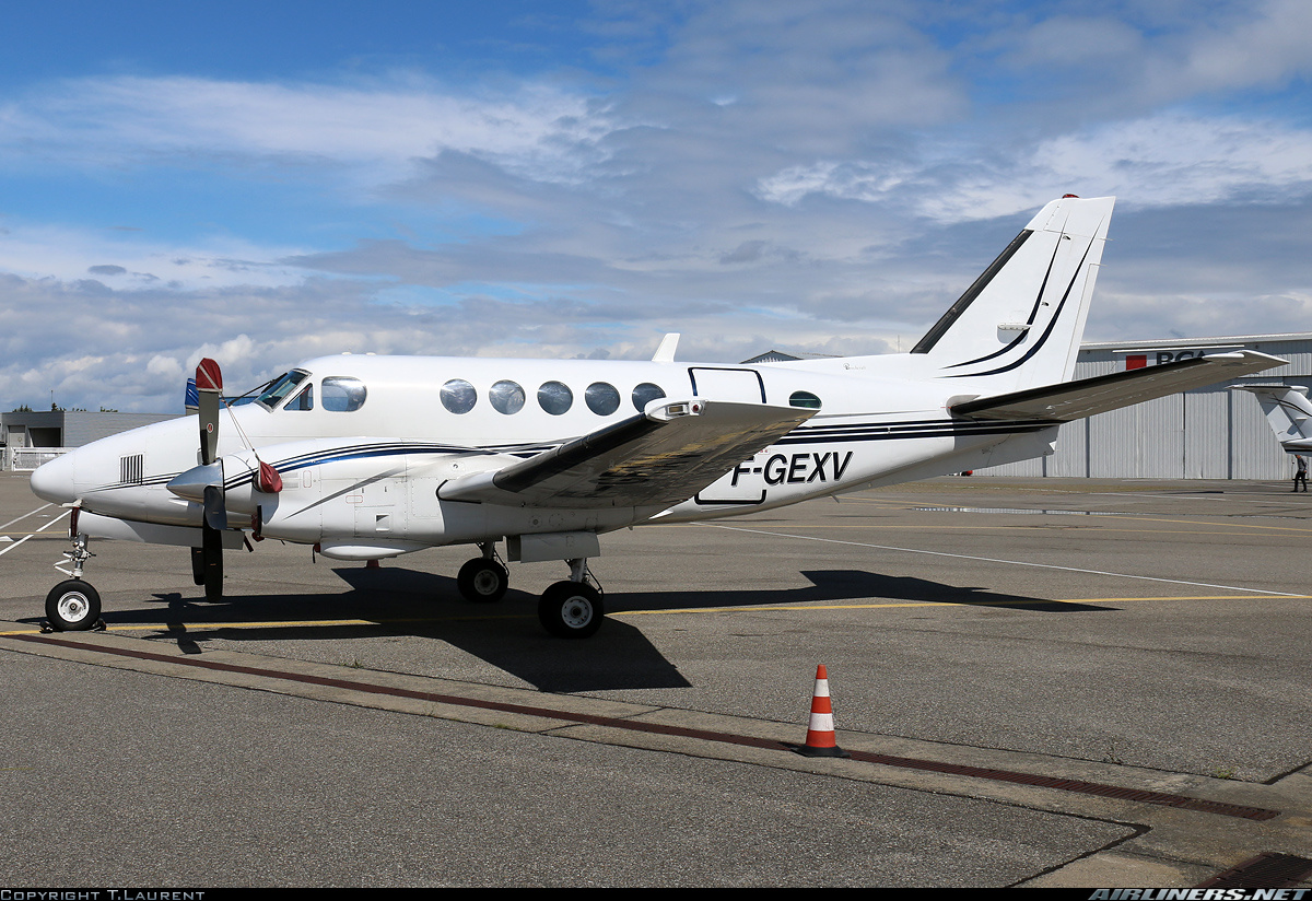 Beech A100 King Air  Untitled | Aviation Photo #2443383