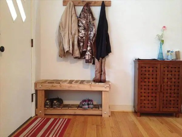 Diy Pallet Entryway Bench And Shoe Rack 101 Pallets