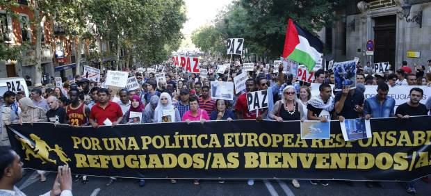 Resultado de imagen de manifestacion valencia refugiados