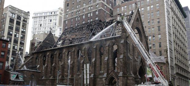Incendio en una catedral ortodoxa