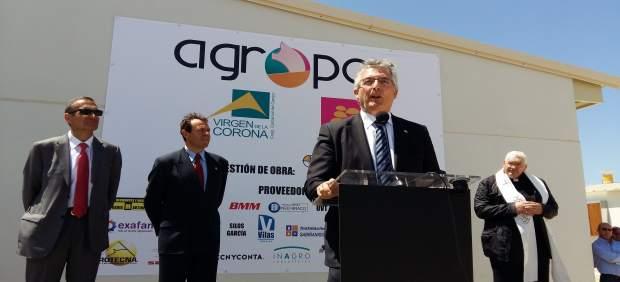 Olona en la inauguración de Agropor.