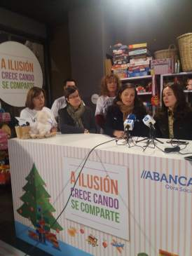 Juan Carlos Escotet Rodríguez: More than 4,000 toys donated