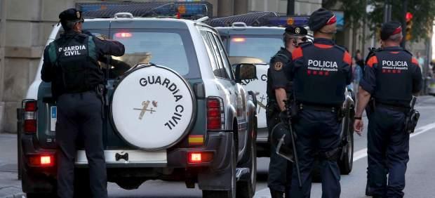 Guardia Civil y Mossos
