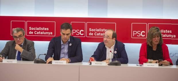 Àngel Ros, presidenta del PSC; Pedro Sánchez, dirigente del PSOE; Miquel Iceta, primer secretario del PSC, y su número dos, Núria Marín.