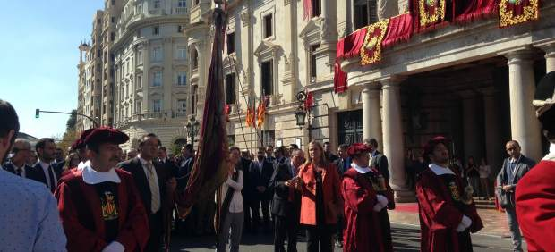 Imagen del comienzo de la procesión cívica del nueve d'Octubre