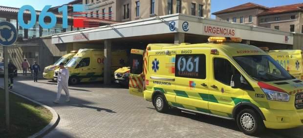 Ambulancias del 061 en Urgencias de Valdecilla