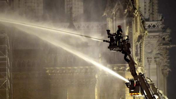 Notre Dame, en llamas