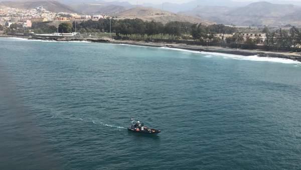La Policía Nacional detiene al patrón de una patera en la que fallecieron tres inmigrantes cuando desembarcaban en Arguineguín