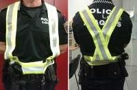 El Sindicato de Policía denuncia que agentes de Alaquàs llevan un arnés amarillo reflectante no homolagado