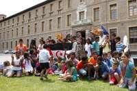 Un centenar de niños saharauis visitan el Gobierno aragonés