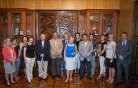 Una delegación de Cracovia se interesa por el tranvía y el turismo religioso