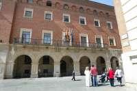 La DPT concede la Cruz de San Jorge a José María Pascual y a Cruz Roja